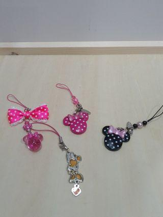 Disney Minnie keychains set