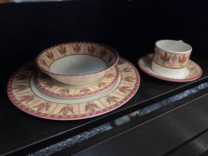 茶盤碗組(1+1+3)