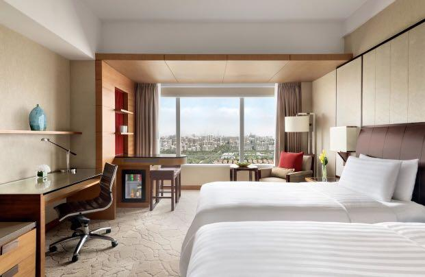 2 perons 2 nights deluxe stay with breakfast - Kerry Hotel Pudong Shanghai