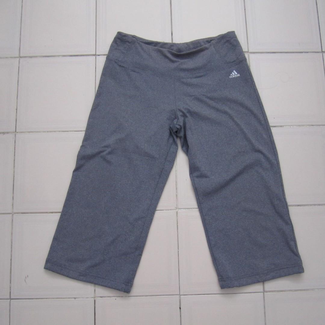 Adidas Grey Cropped Sports Capri Size M