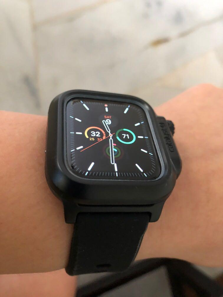 Apple Watch Series 5, 44mm LTE with Catalyst case