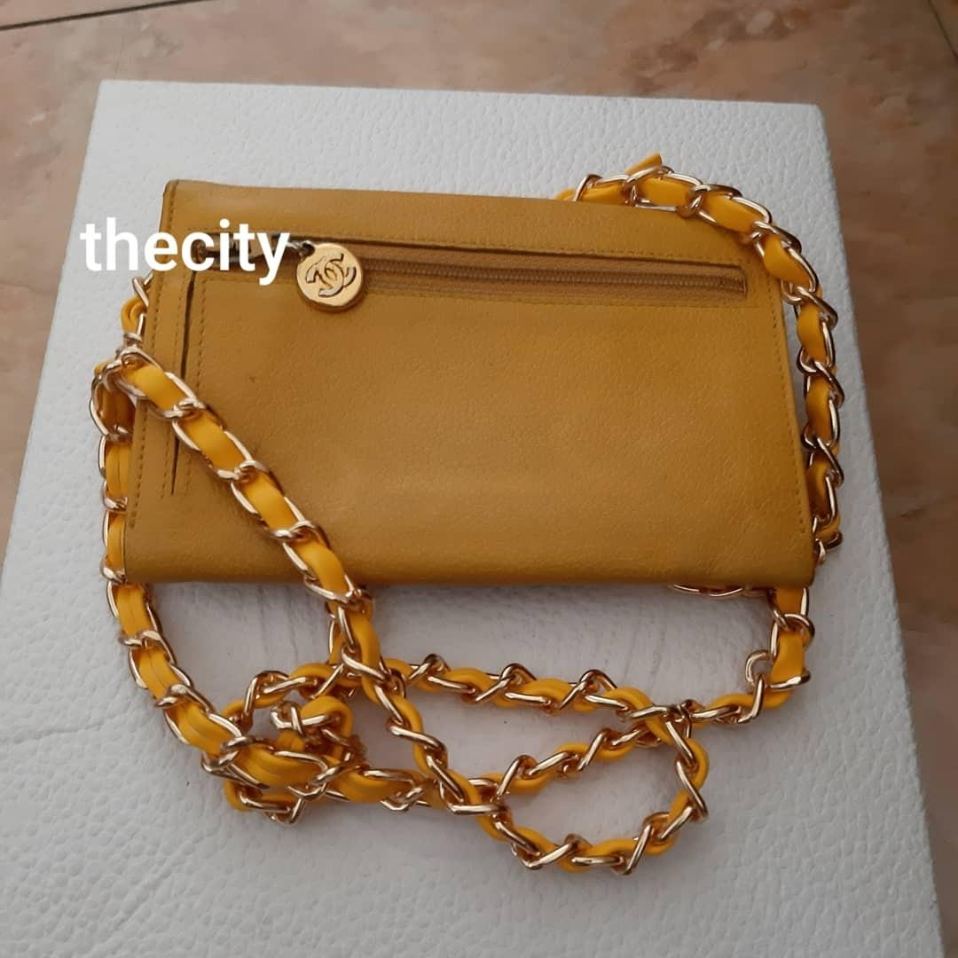 AUTHENTIC CHANEL CAVIAR LEATHER- ORGANIZER POUCH / WALLET- CC LOGO DESIGN - HOLOGRAM STICKER & DATE OF PURCHASE STICKER INTACT - COMES WITH AUTHENTICITY CARD - GOLD HARDWARE, TIMELESS VINTAGE, NO FUSSY BUYERS - WITH EXTRA ADD HOOKS & STRAP CROSSBODY SLING