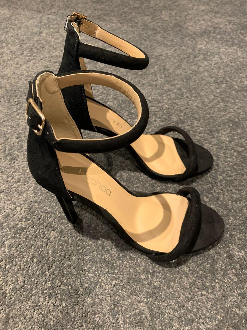 Boohoo Black Strapped Suede Stiletto High Heels Size 6