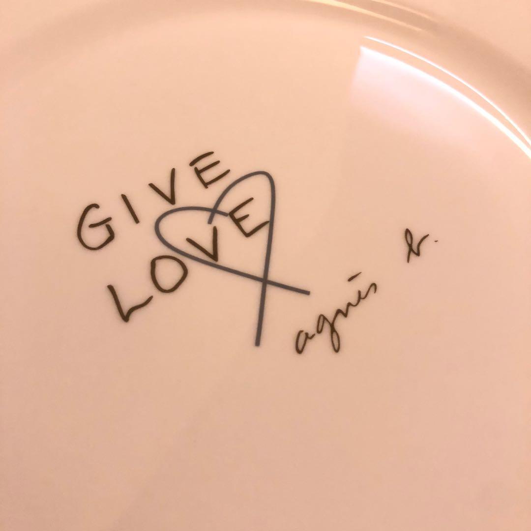 Brand new Agnes b ceramic plate dish 2 for $50 心心碟