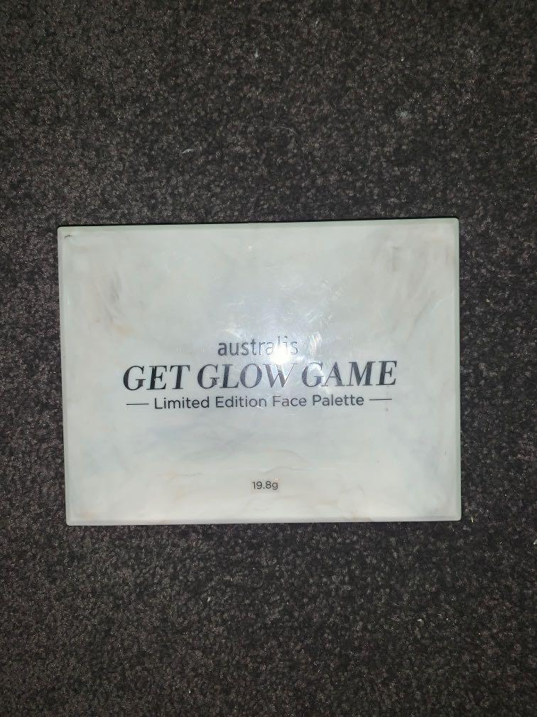BRAND NEW get glow game Australis highlighter pallet