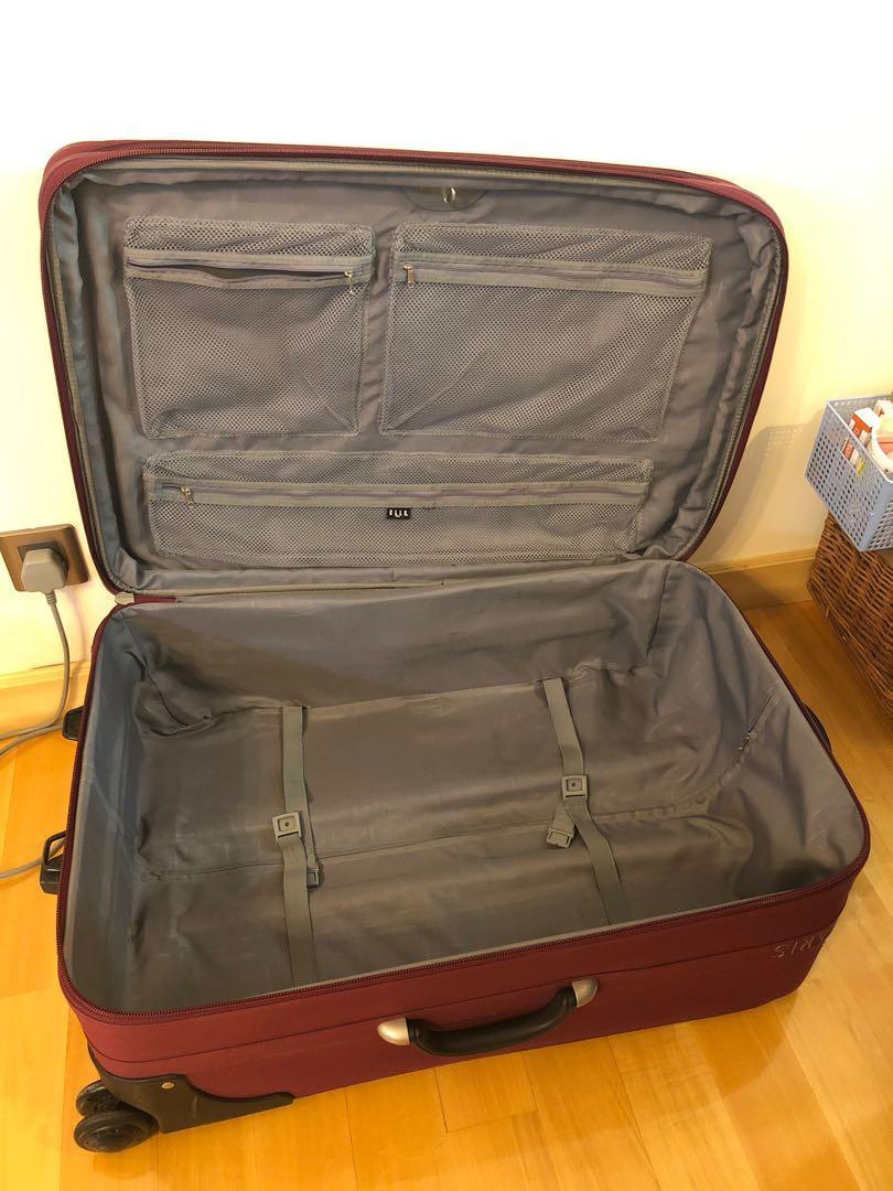 Elle Paris 29 inches baggage