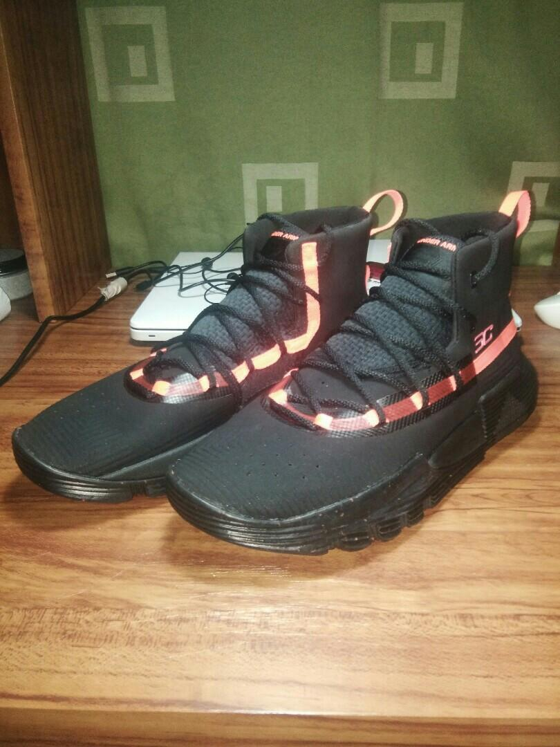 For sale: Under Armour Stephen Curry 3Zer0 2