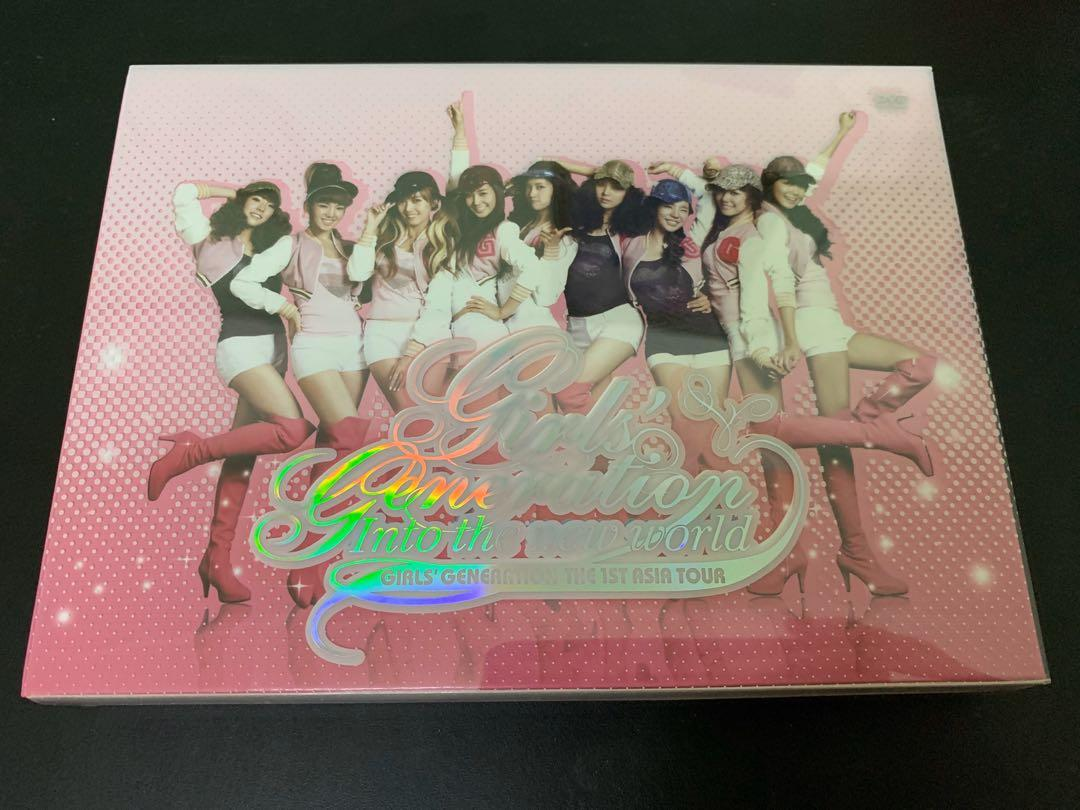 [DVD+Poster]Girls' Generation - Into The New World - 1st Asia Tour 2 DVD