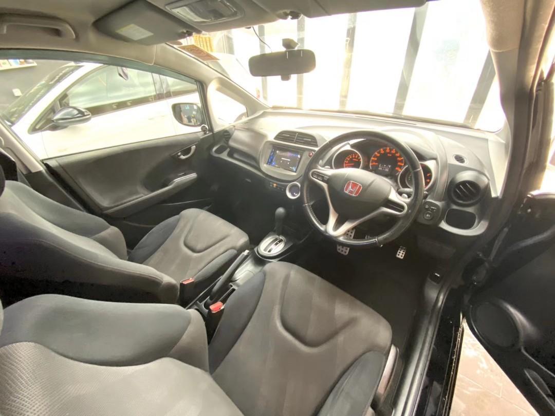 Honda Fit RS 09/17 0手 51xxxKM 黑車黑籠 藍牙觸控多功能屏幕 機器波箱精神冷氣凍 1500cc慳油好力