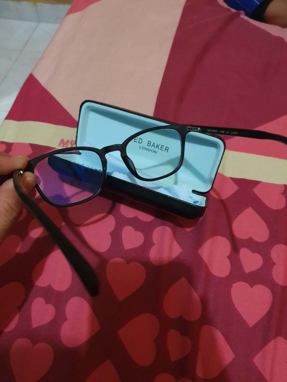 kacamata ted baker with lensa photocromic plus anti blueray utk mata normal