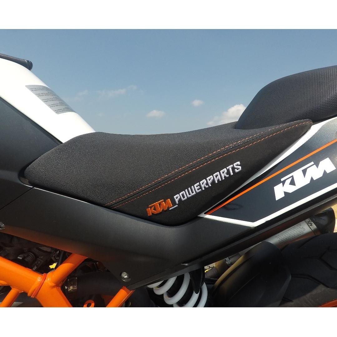 KTM Duke 390 - Excellent Condition - Akrapovic