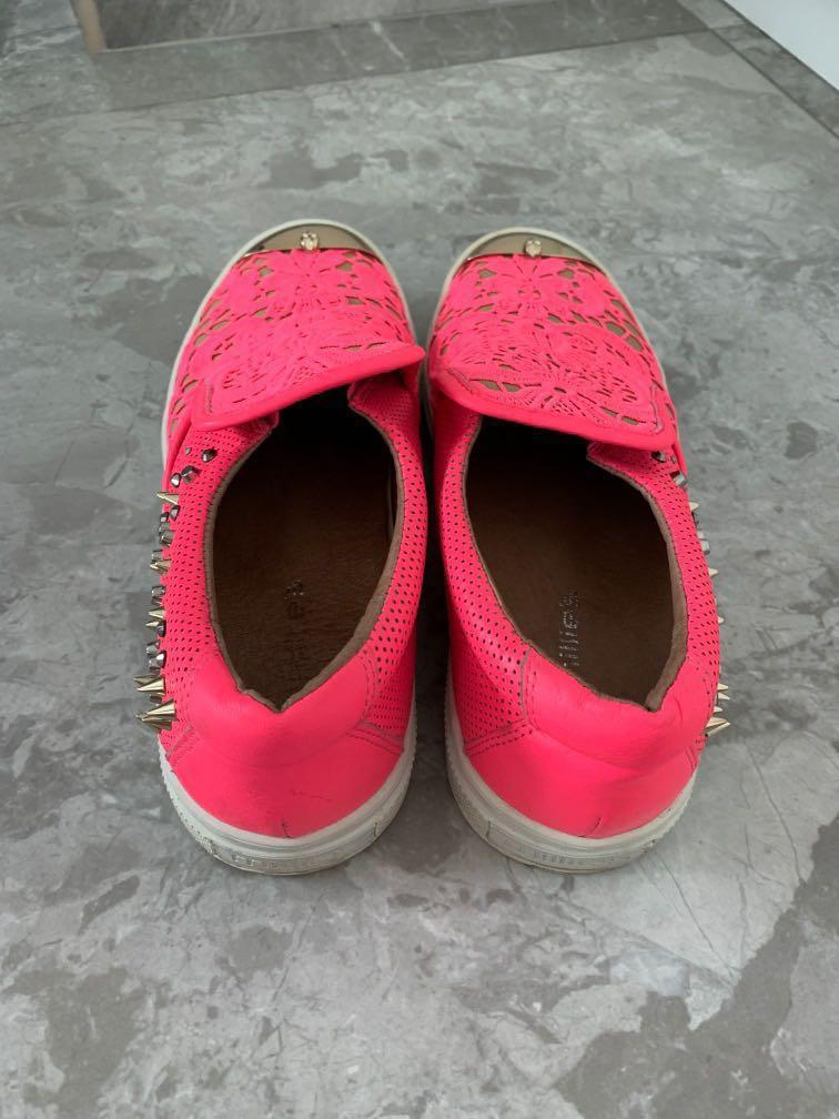 Millie's Lace pink shoe