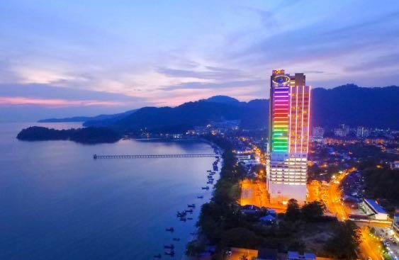 Penang Lexis Suites Hotel