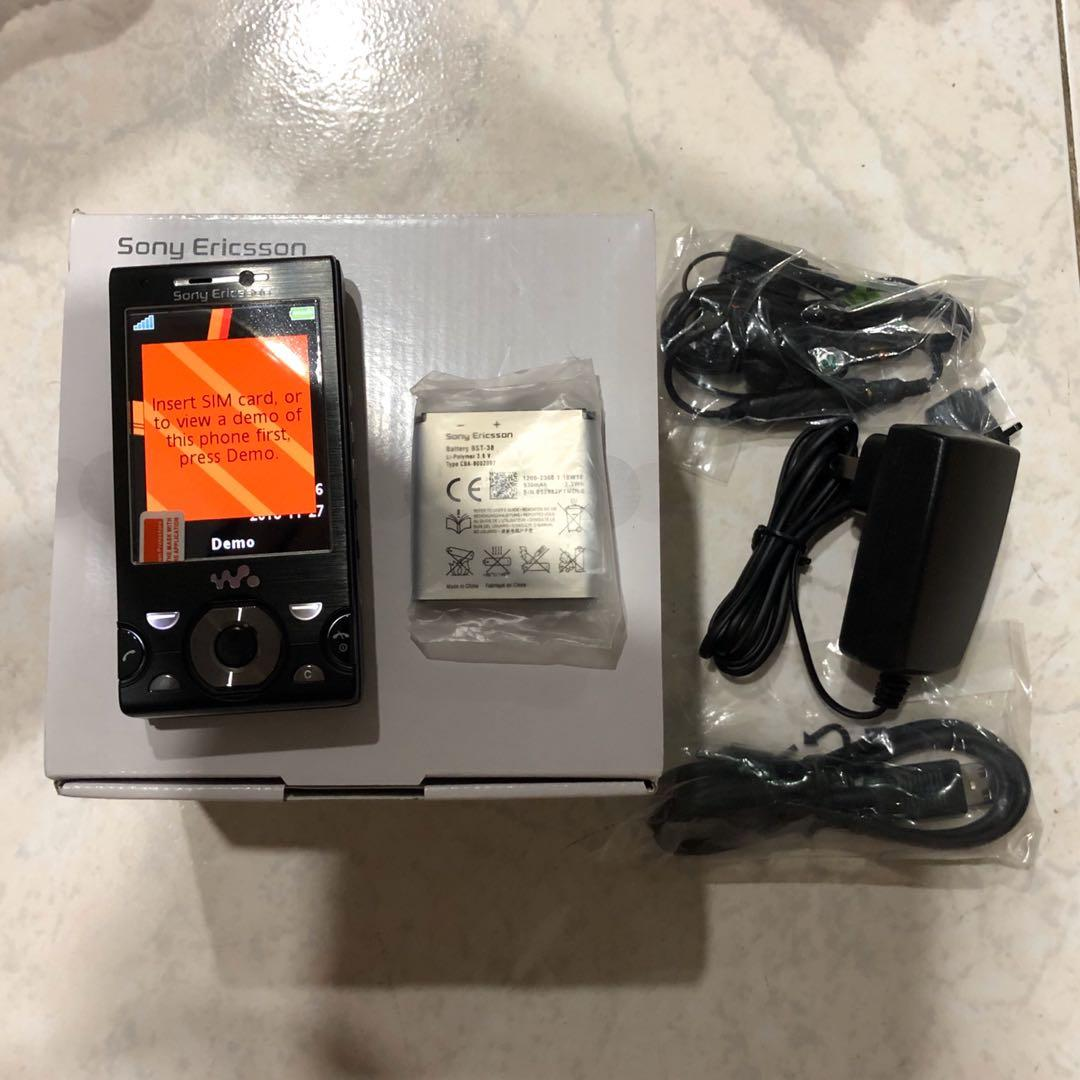 Sony Ericsson W995 (3G+Wifi) - Holiday Sales