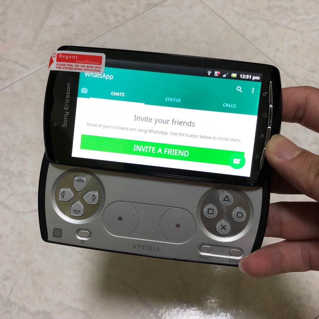Sony Ericsson Xperia PLAY (3G+Wifi) - Android  Limited Set
