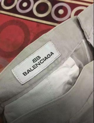 Celana Balenciaga