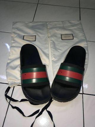 Gucci slide
