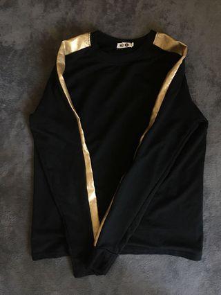 金邊薄長袖