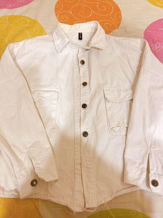 寬鬆牛仔外套-白 (胸前含口袋)