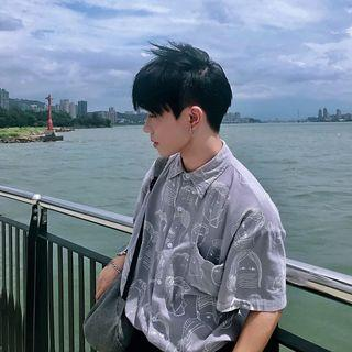 韓式男生圖案襯衫