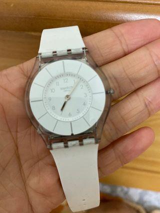 9成新❤️ 含保固 Swatch 白色 經典款 手錶 ⌚️