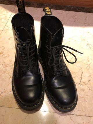 Dr martens 馬丁 1460 黑靴 8孔