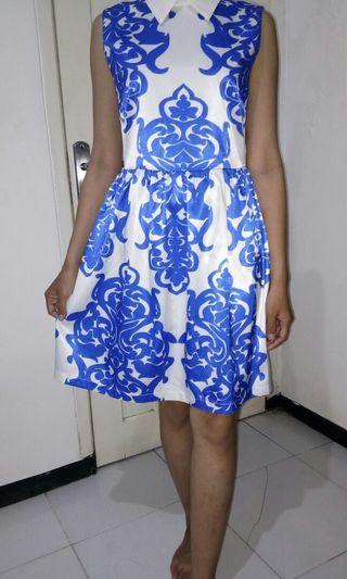 Baroque White Collar Dress