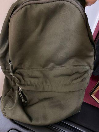 8成新 無印良品 後背包 可水洗 墨綠