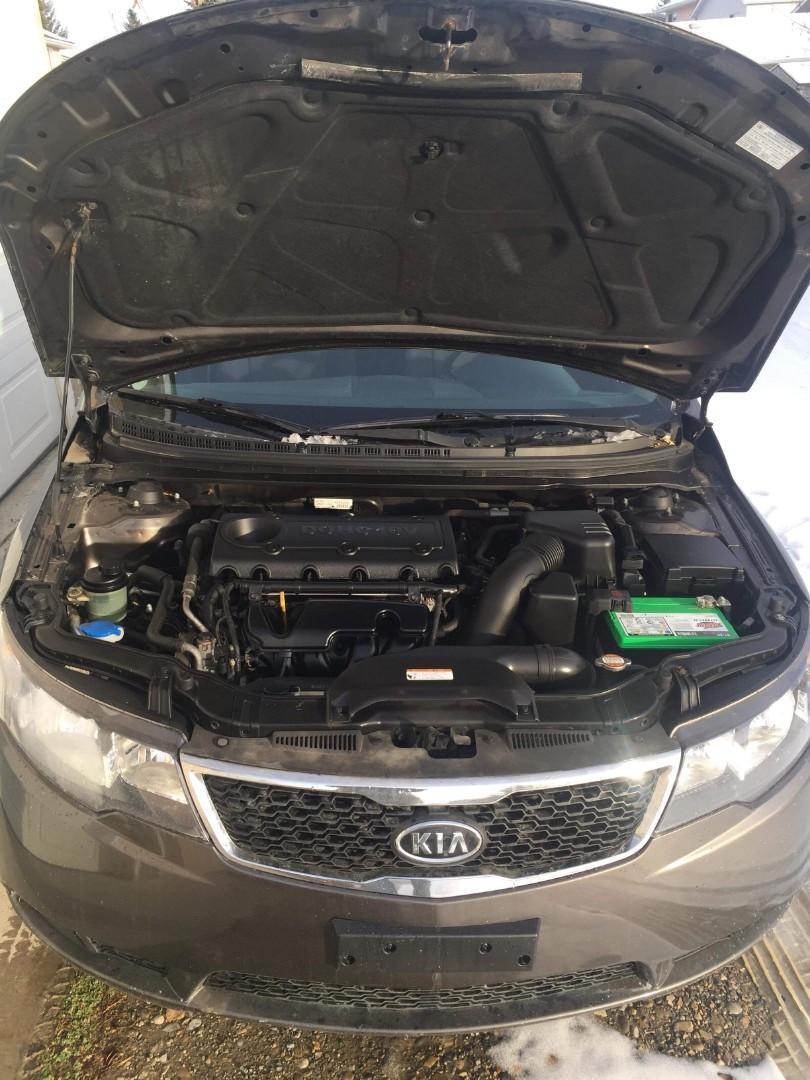 2011 KIA FORTE-5 EX MODEL WITH 1.6L Engine 88550 KM