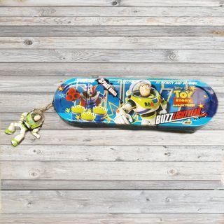 迪世尼迪士尼日本玩具總動員巴斯光年三眼怪札克鉛筆盒盒子公仔玩具吊飾擺飾絕版限定正版日版收藏