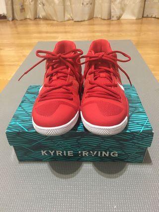 Nike kyrie 3大學紅籃球鞋us5y(23-23.5cm)