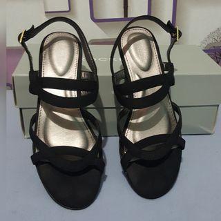 Rockport (TM Zandra Slingback) - Size 35