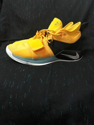Nike PG 2.5 Amarillo Chrome Black