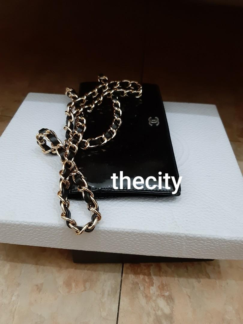 AUTHENTIC CHANEL LONG WALLET - CC LOGO DESIGN - IN SHINY BLACK PATENT LEATHER - CLEAN POCKETS ,  HOLOGRAM STICKER INTACT- CLASSIC TIMELESS VINTAGE,  SO NO FUSSY BUYERS -  WITH EXTRA HOOKS & STRAP FOR CROSSBODY SLING - (CHANEL WOC'S NOW RETAIL RM 10,000+)