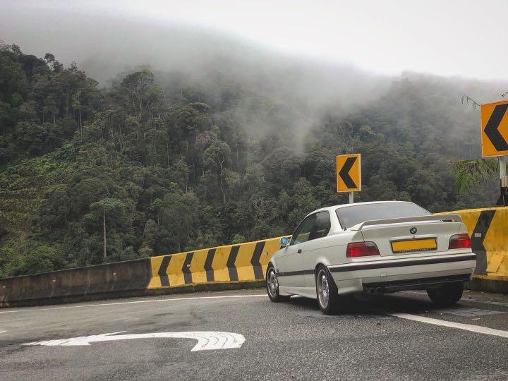 BMW 3 Series 318is Manual