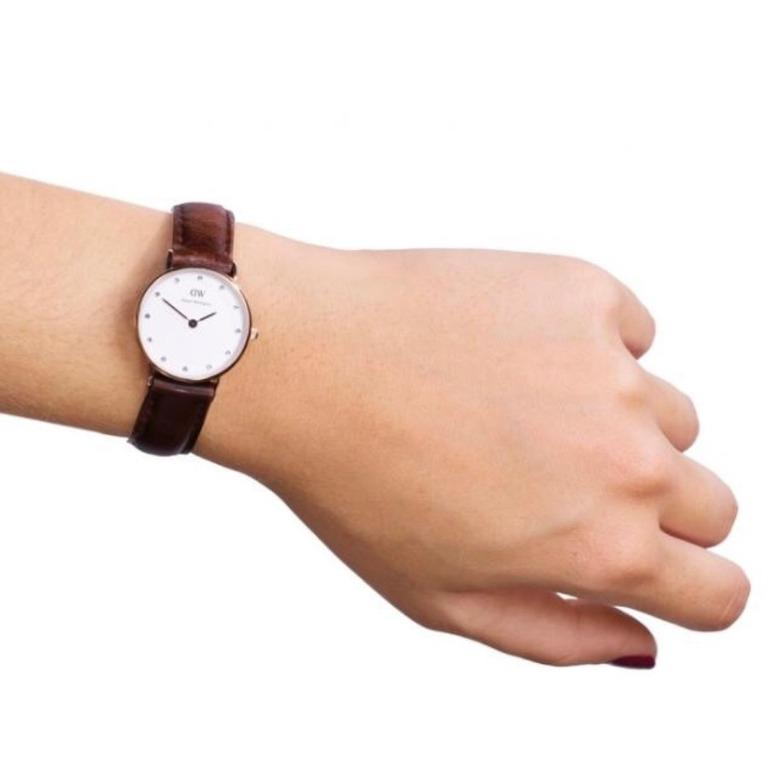 Daniel Wellington ST Mawes 26MM 0900DW Rose Gold Brown Leather charm