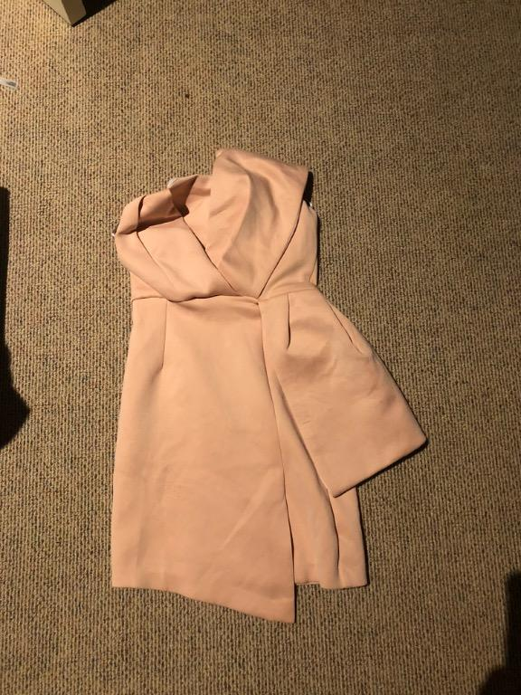 Dress, top from bardot, us brands, kookai. Dresses are $35, jumpsuits are $30, top $20. Size 6