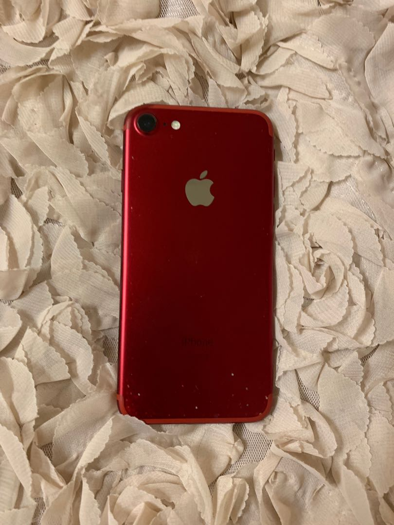 iPhone 7 red 12gb with brand new headset and comes with charger