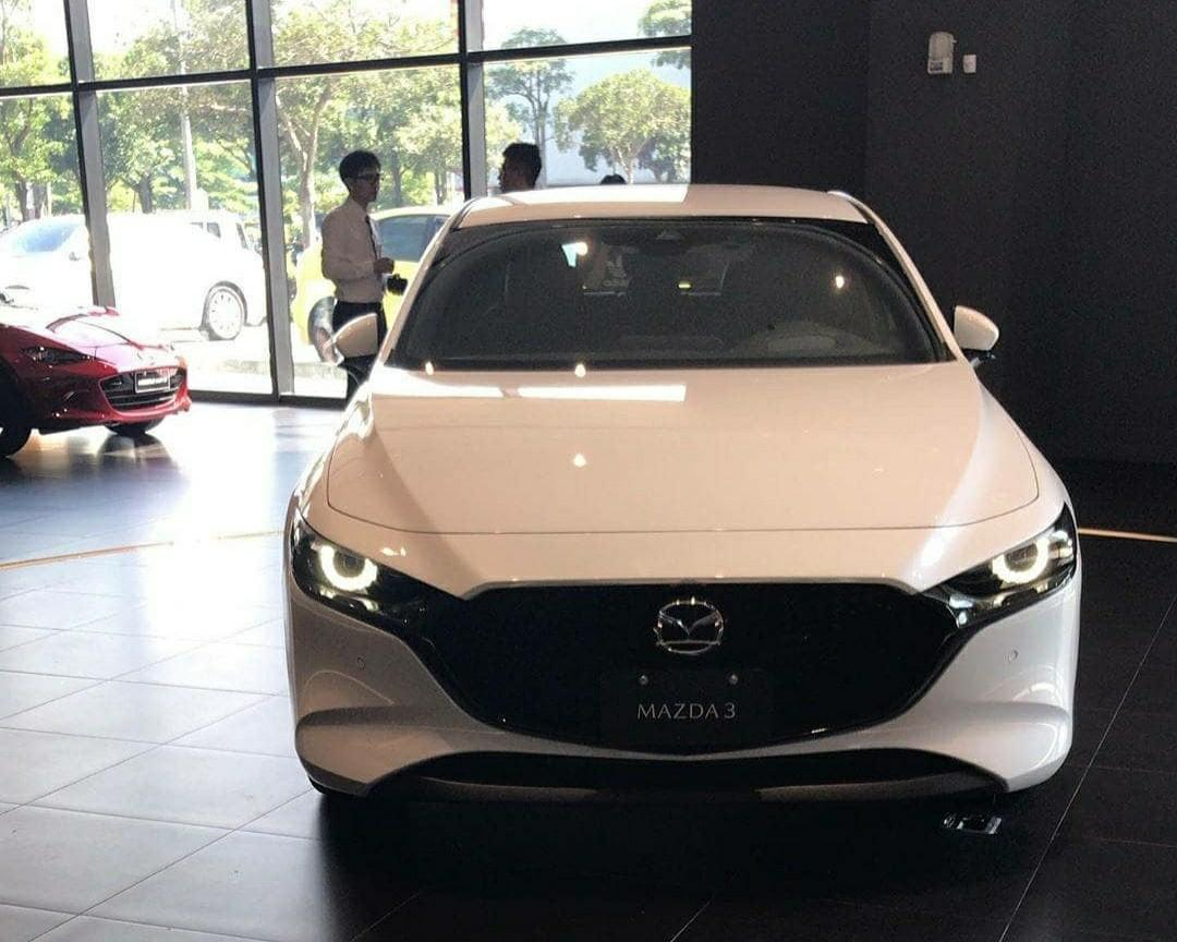 Mazda 3 2019 Free Service 3 Tahun, Harga Terbaik Jabodetabek, dan Total DP Ringan (Authorized Dealer Resmi Mobil Mazda)