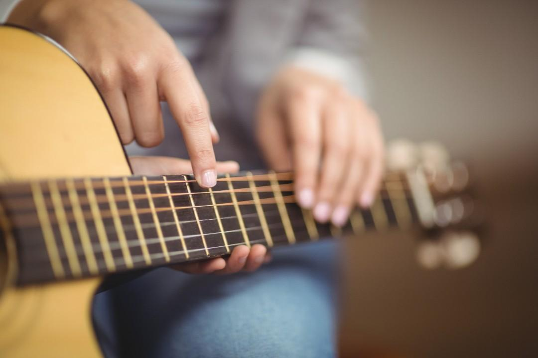 One on One Exciting Guitar Lessons!