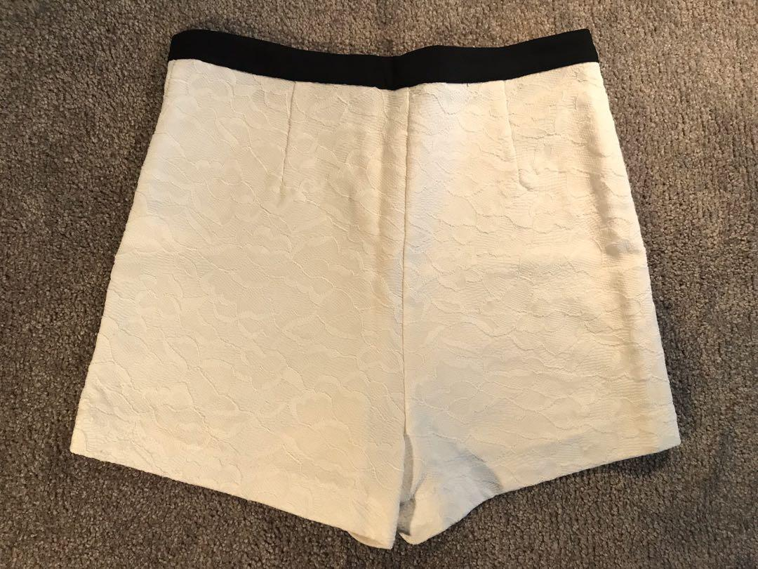 Paper Scissors High Waist Lace Shorts in White Size 8