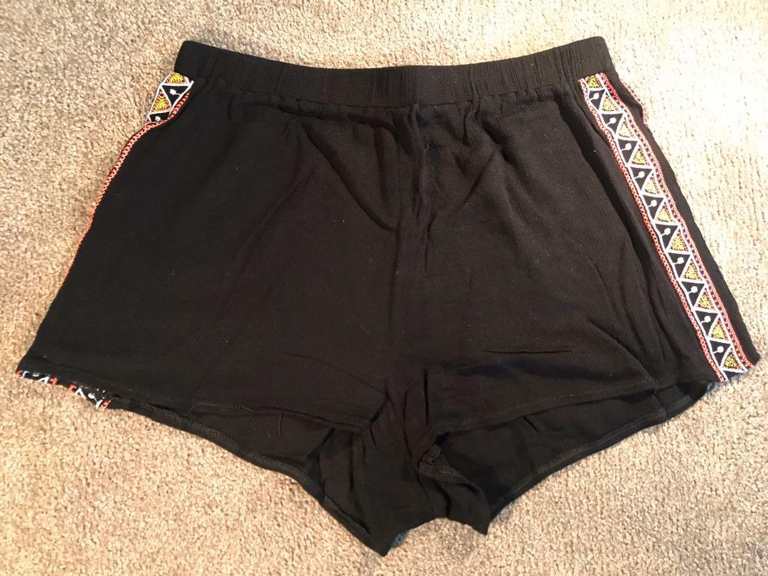 Paper Scissors Light Weight Shorts in Black Size 10