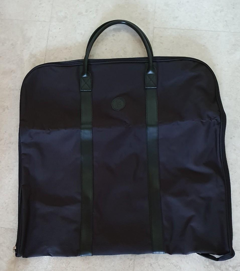 Suit bag - with inner pockets.