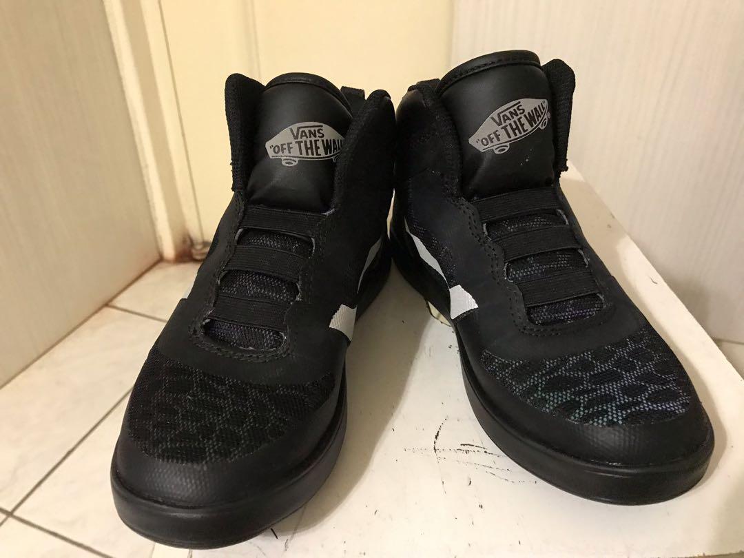 Vans全黑高筒鞋21cm