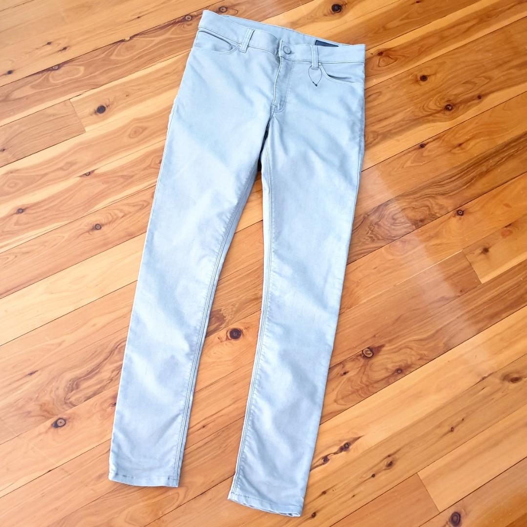 Women's size 10 'ASOS' Gorgeous light grey skinny jeans - BNWOT