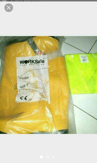 WORK  SAFE  ( safety shoes ) SIZE 44
