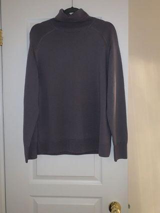 Aritzia Augustine sweater