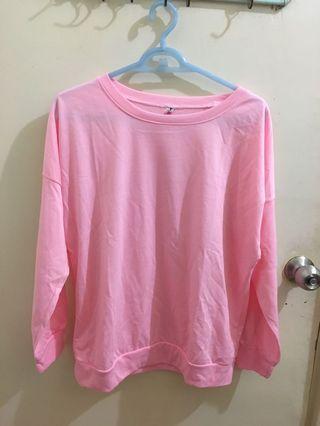 全新 粉色素面長袖