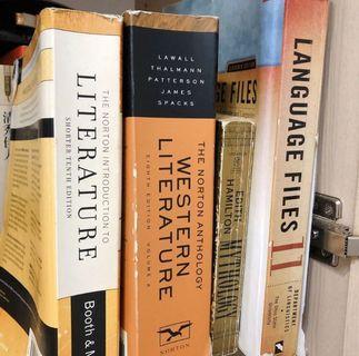二手)英國文學用書 每本80