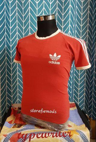 Adidas T-shirt ringer